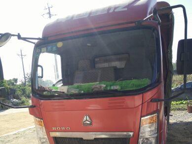 中国重汽HOWO 载货车  109匹 2014年03月 4x2