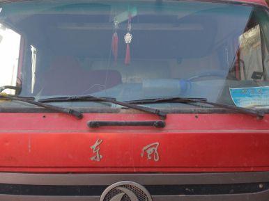 东风其他车系 载货车  210匹 2012年11月 6x2