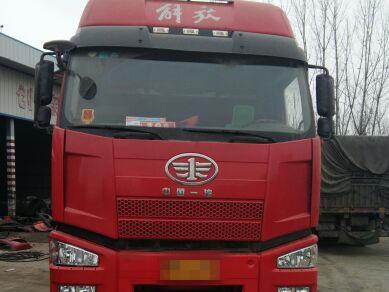 一汽解放J6 载货车  310匹 2016年01月 8x4