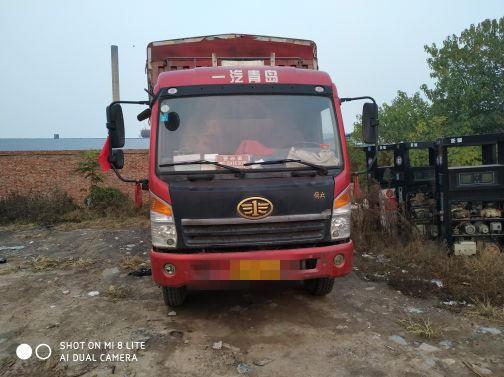 青岛解放其他车系 载货车  140匹 2013年03月 4x2