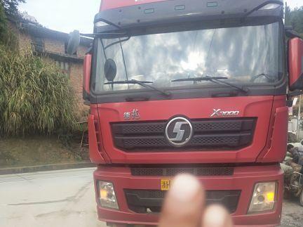 陕汽德龙X3000 载货车  375匹 2016年12月 8x4