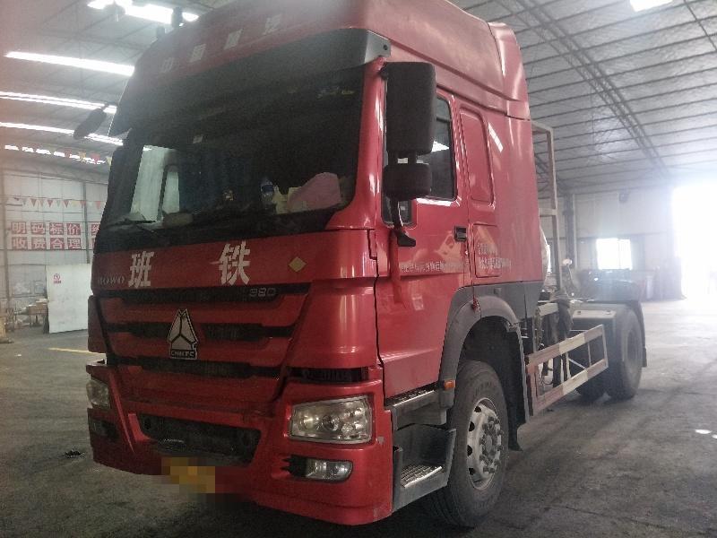 中国重汽HOWO 牵引车  380匹 2016年10月 4x2