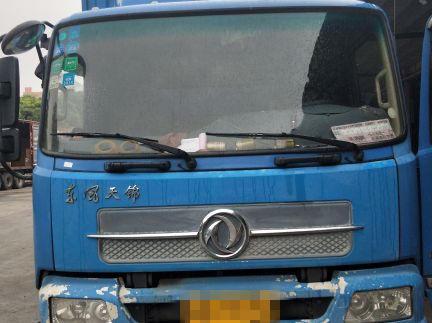 东风天锦 载货车  160匹 2015年06月 4x2