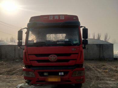 青岛解放新大威 牵引车  310匹 2012年03月 6x2