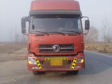 东风天龙 载货车  210匹 2013年04月 6x2