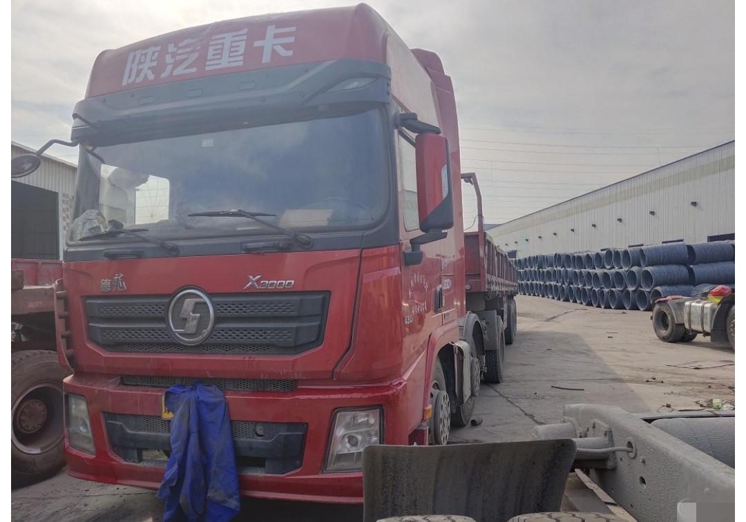 陜汽德龍X3000 牽引車  430匹 2016年04月 6x4