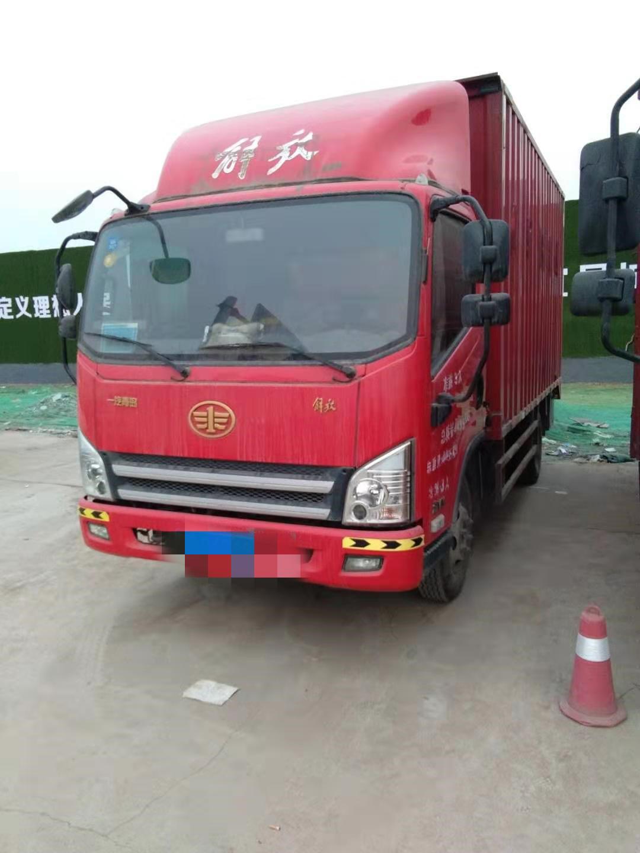 一汽解放J6 载货车  107匹 2016年09月 4x2