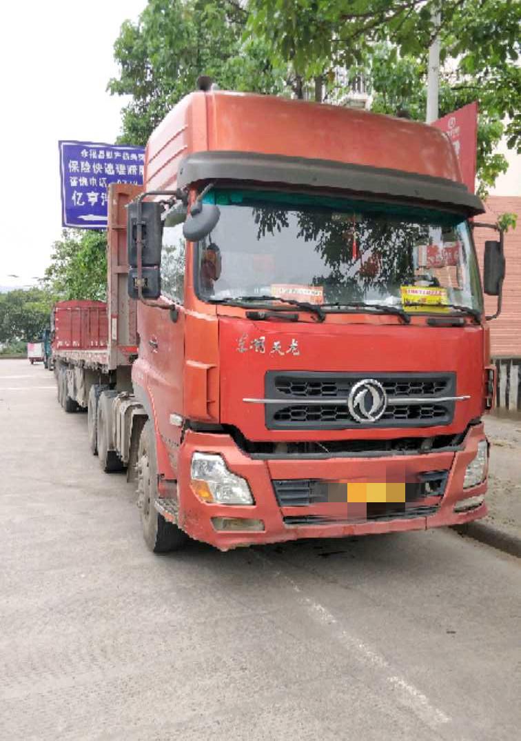 东风天龙 牵引车  420匹 2011年05月 6x4