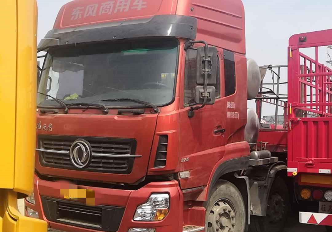 东风天龙 牵引车  375匹 2016年12月 6x2