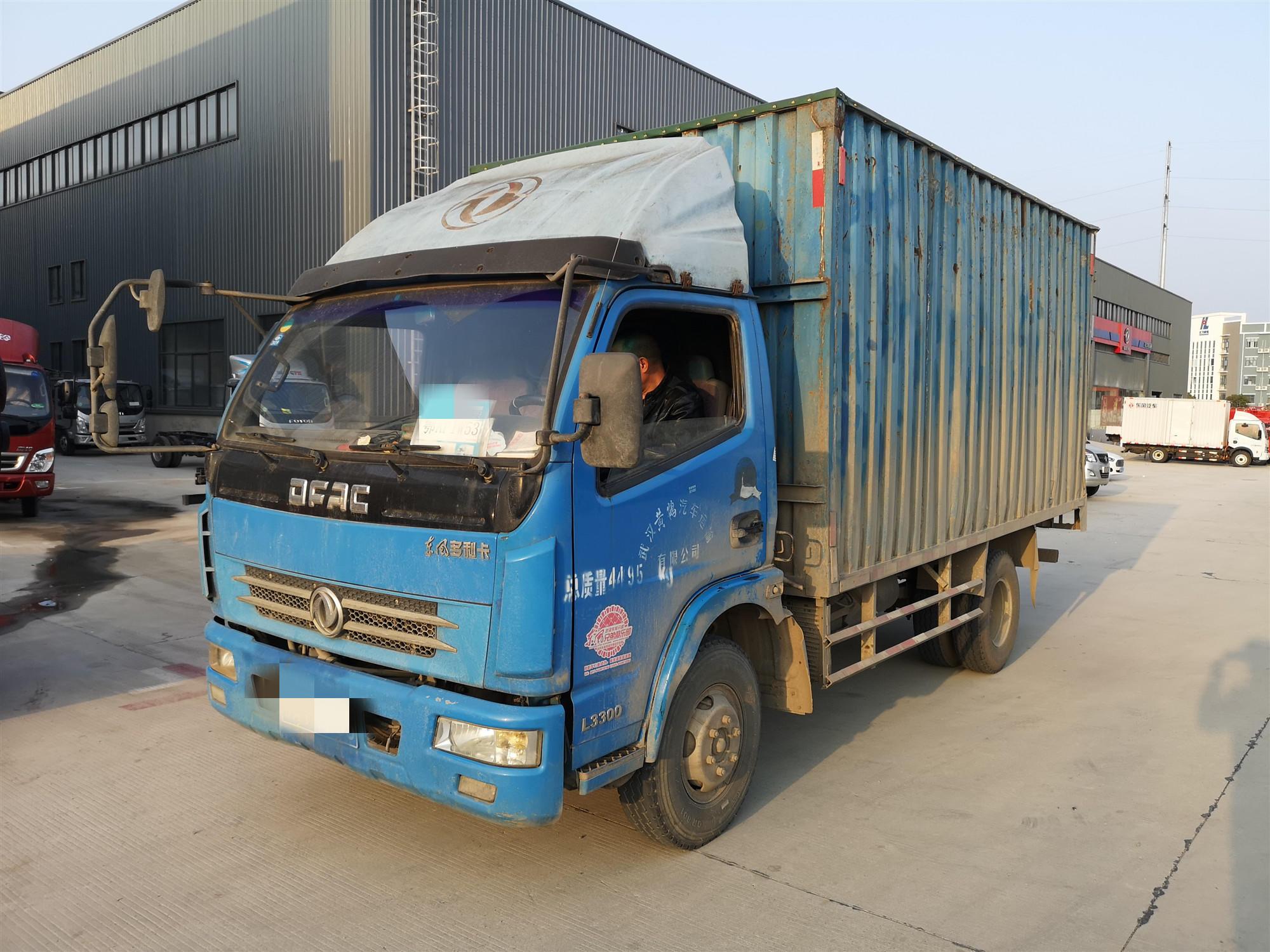 东风多利卡多利卡D5 载货车  120匹 2011年06月 4x2