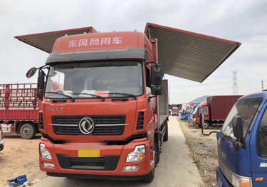 東風天龍 載貨車  245匹 2017年12月 6x2