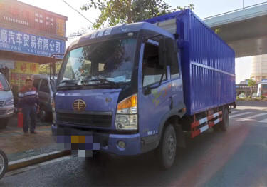 一汽解放其他車系 載貨車  130匹 2012年11月 4x2