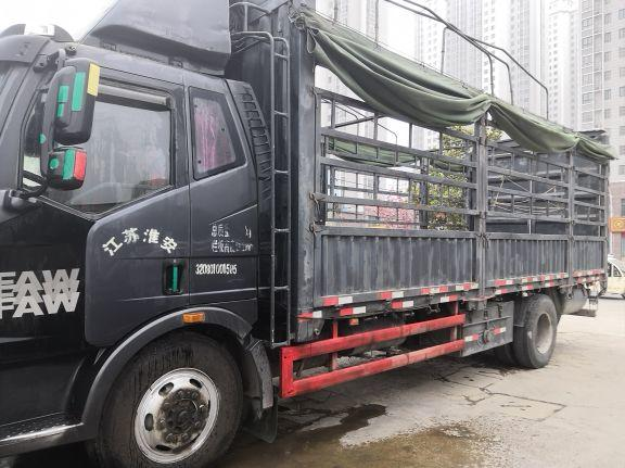 一汽解放J6 載貨車  160匹 2014年07月 4x2