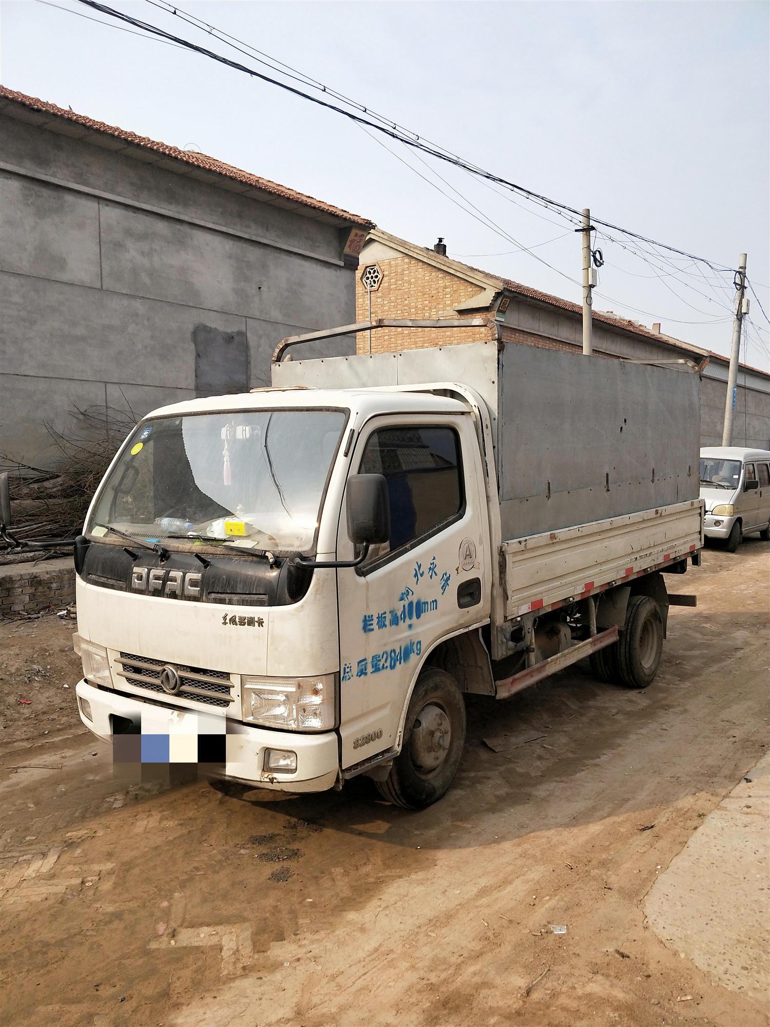 东风多利卡多利卡D5 载货车  80匹 2013年09月 4x2