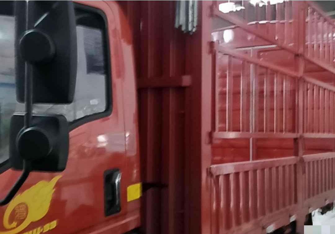 中国重汽HOWO 载货车  150匹 2019年03月 4x2