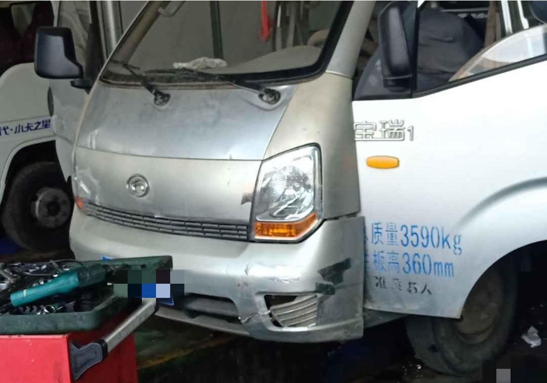 福田歐曼其他車系 載貨車  98匹 2013年04月 4x2