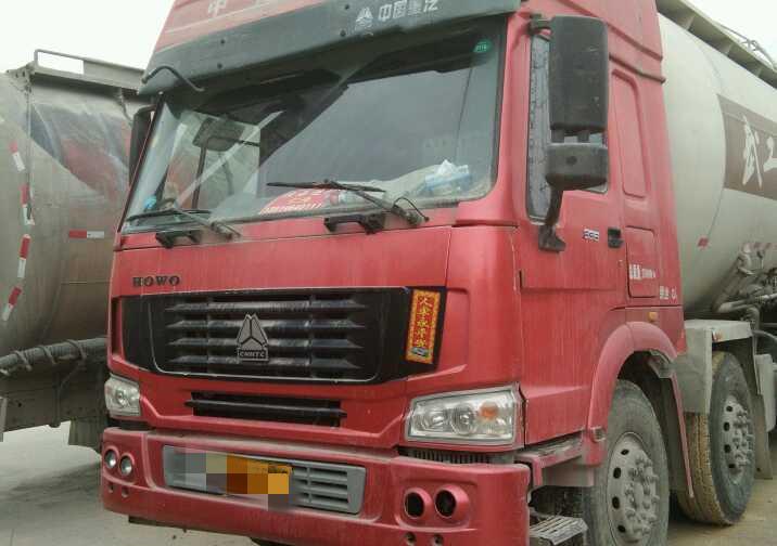 中國重汽HOWO 散裝物料車  336匹 2013年12月 8x4