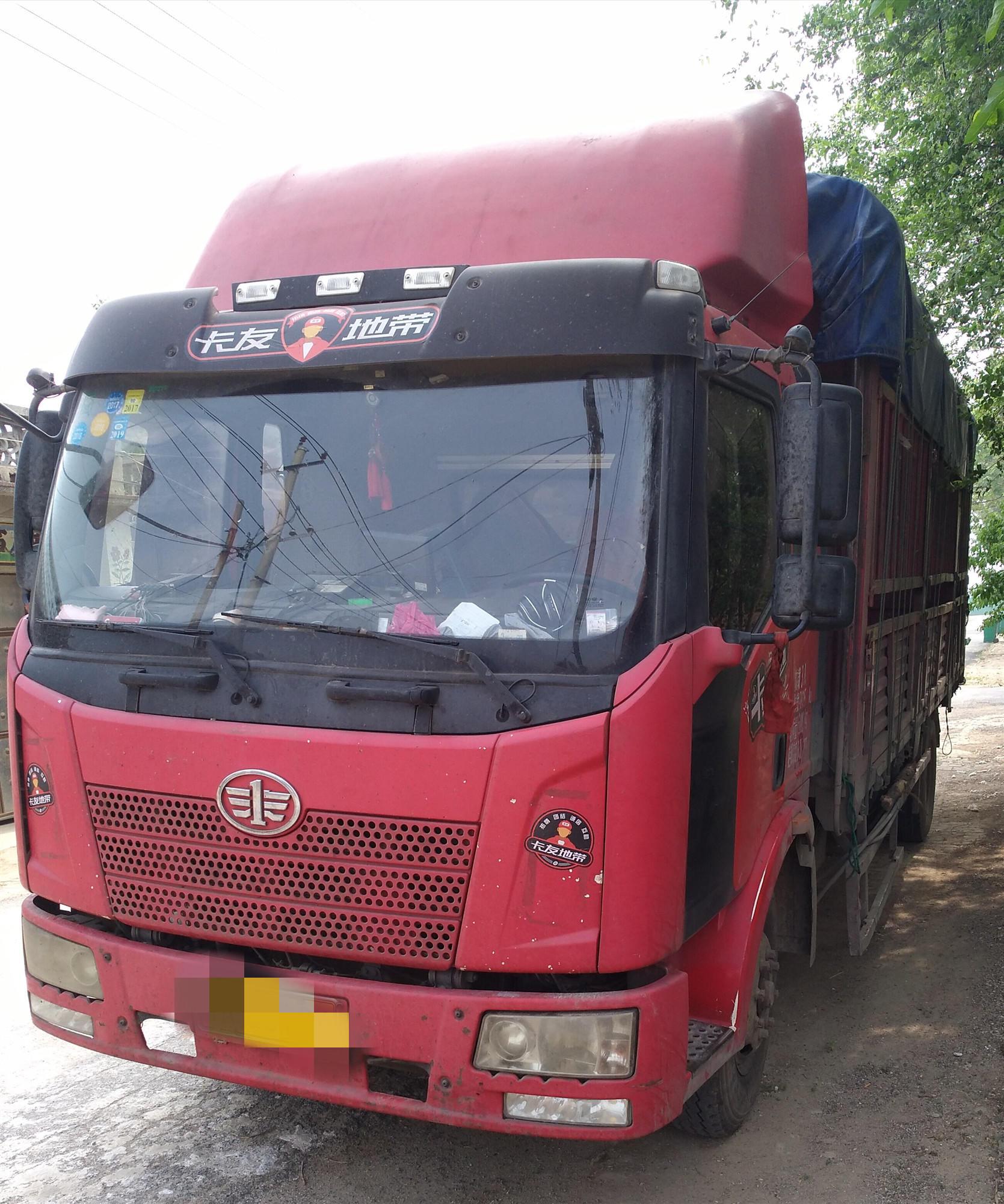 一汽解放J6 载货车  160匹 2013年08月 4x2