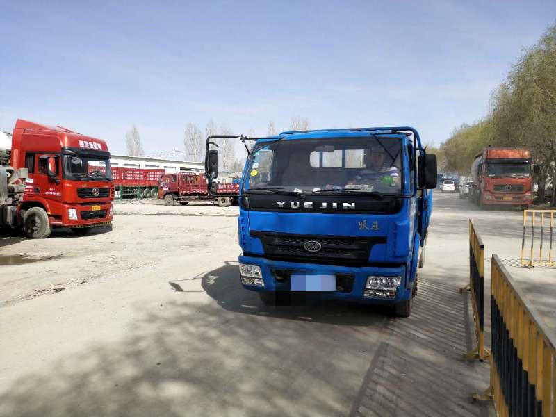 上汽跃进开拓H500 载货车  110匹 2015年04月 4x2