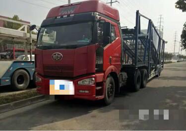 一汽解放解放J7 牵引车  350匹 2012年11月 6x4