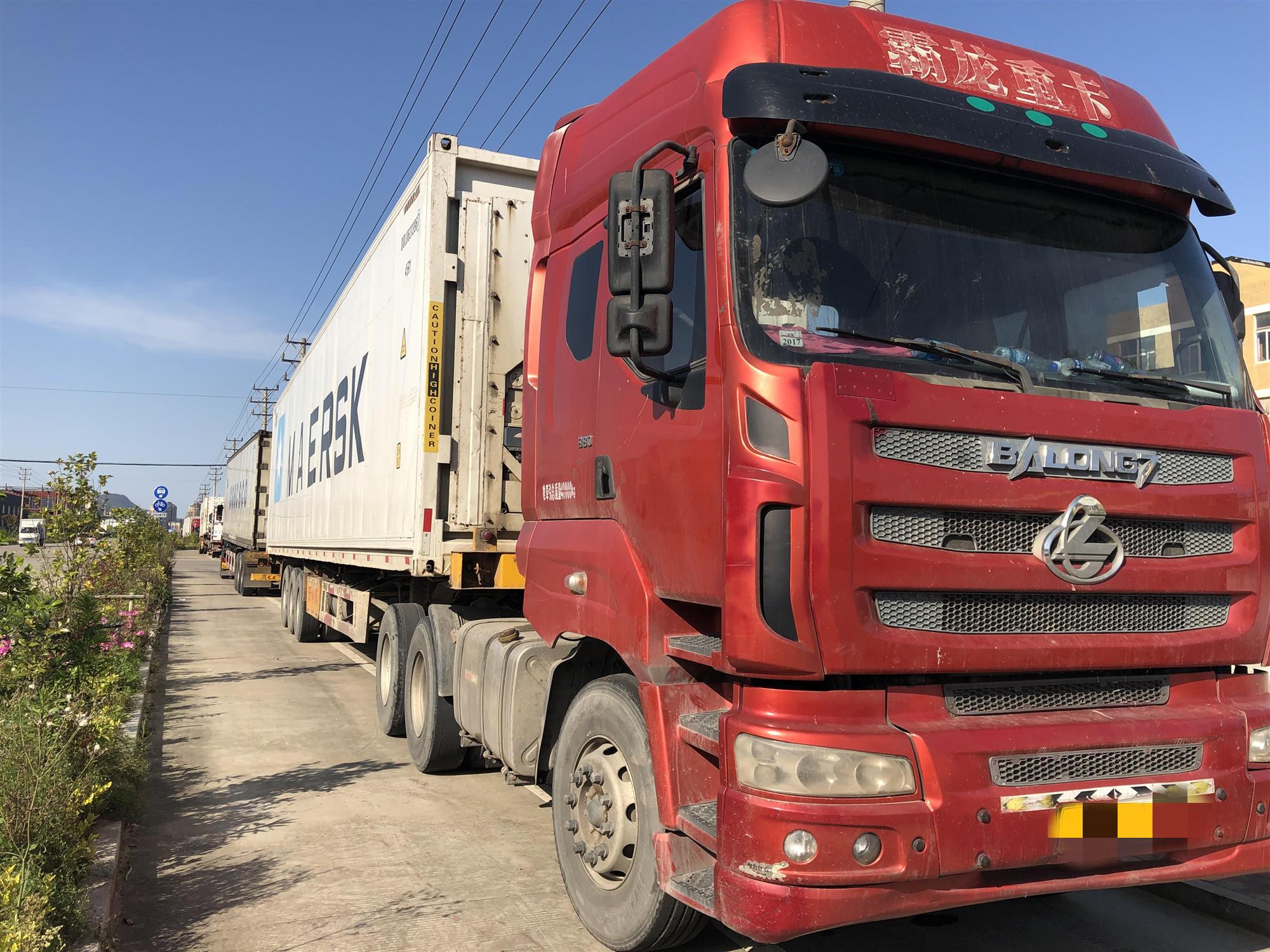 东风霸龙 牵引车  380匹 2013年05月 6x4
