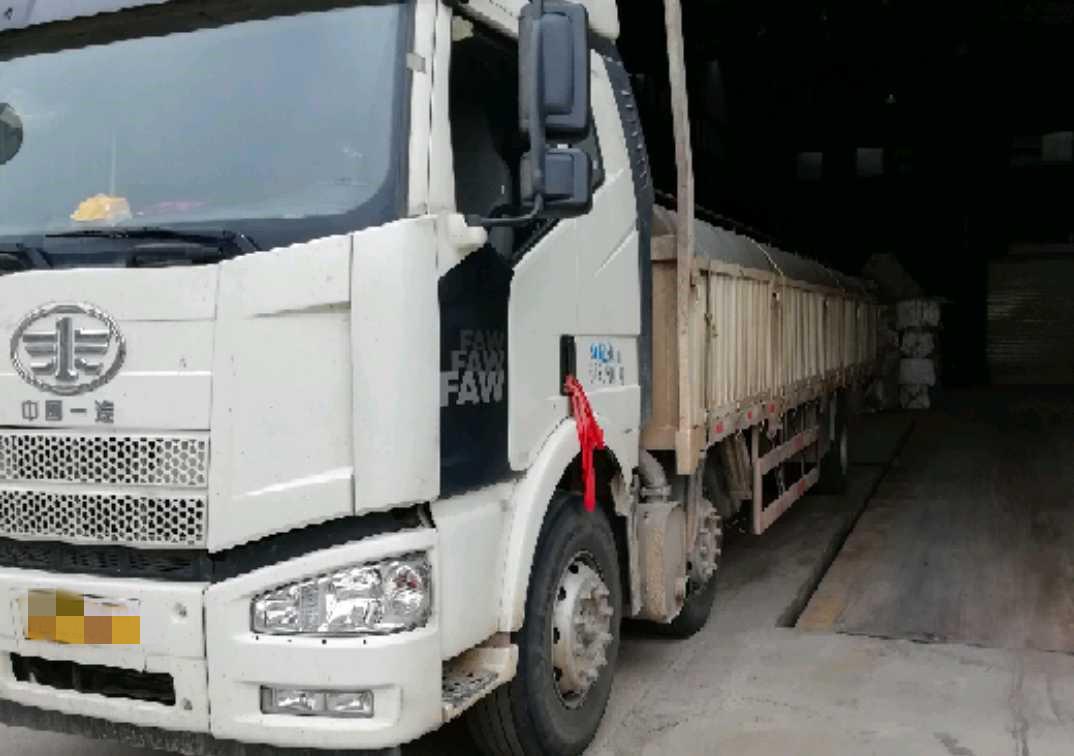一汽解放J6M重卡 标载型 载货车  280匹 2018年05月 8x4