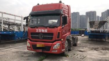 东风天龙 牵引车  385匹 2014年06月 6x2