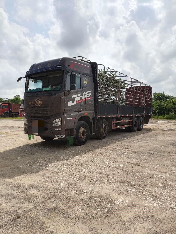 青岛解放JH6 载货车  375匹 2018年06月 8x4