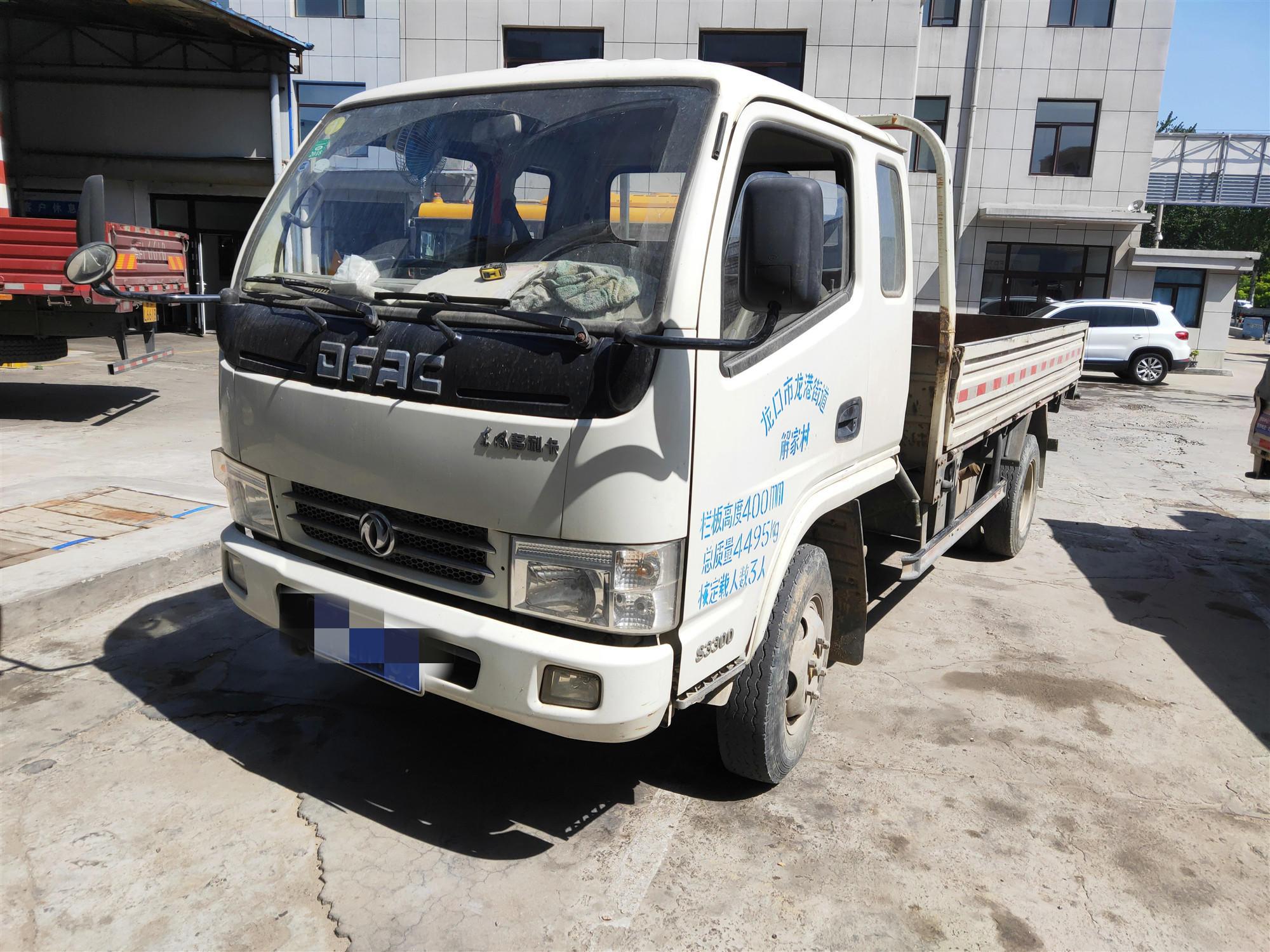 东风专底东风专底 载货车  98匹 2013年09月 4x2
