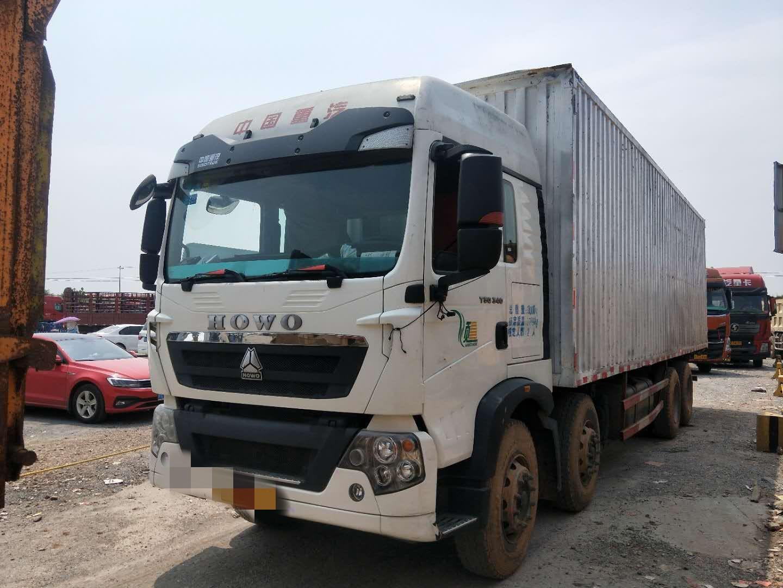 中国重汽HOWO 载货车  340匹 2017年04月 8x4