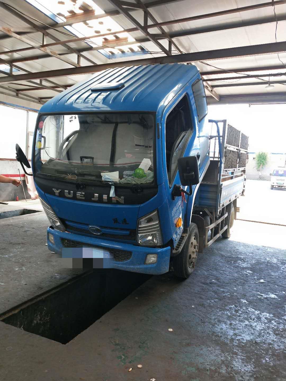 上汽躍進開拓X300 載貨車  125匹 2017年09月 4x2