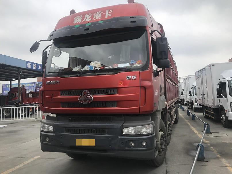東風霸龍 載貨車  315匹 2014年06月 8x4