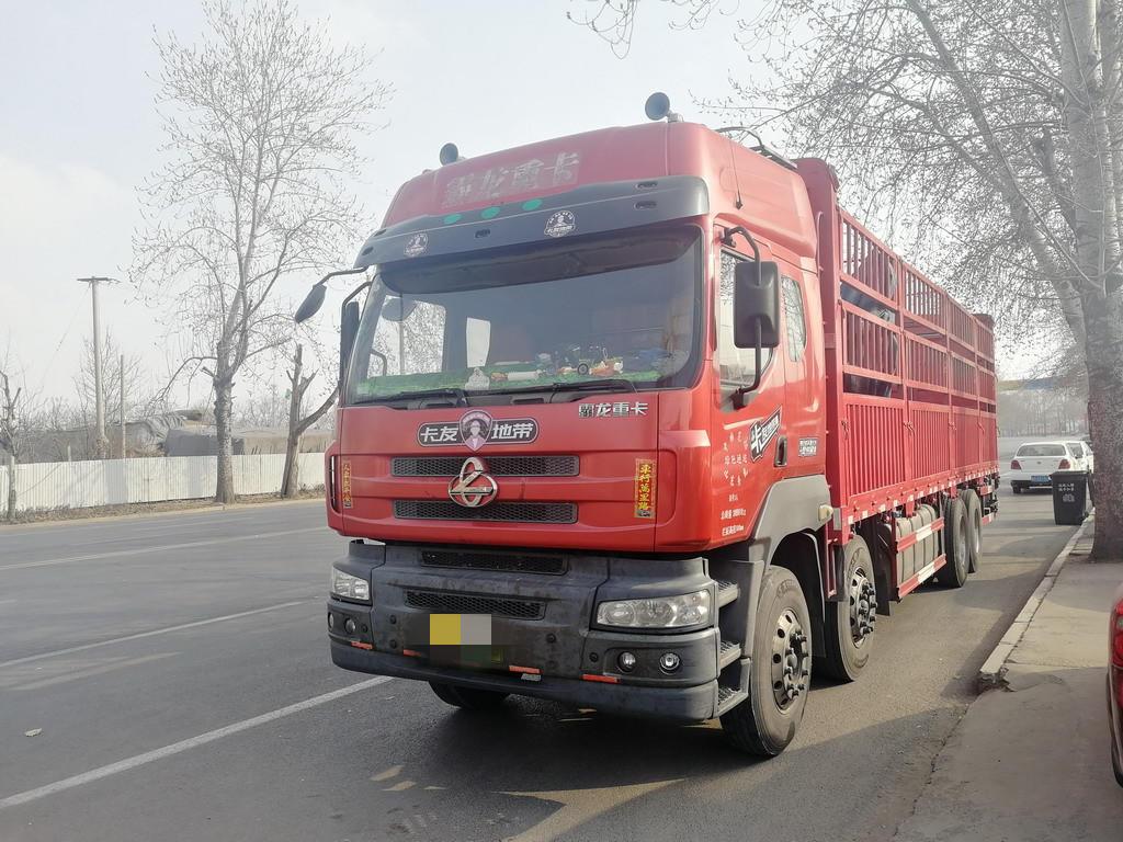 東風其他車系 載貨車  290匹 2013年06月 8x4