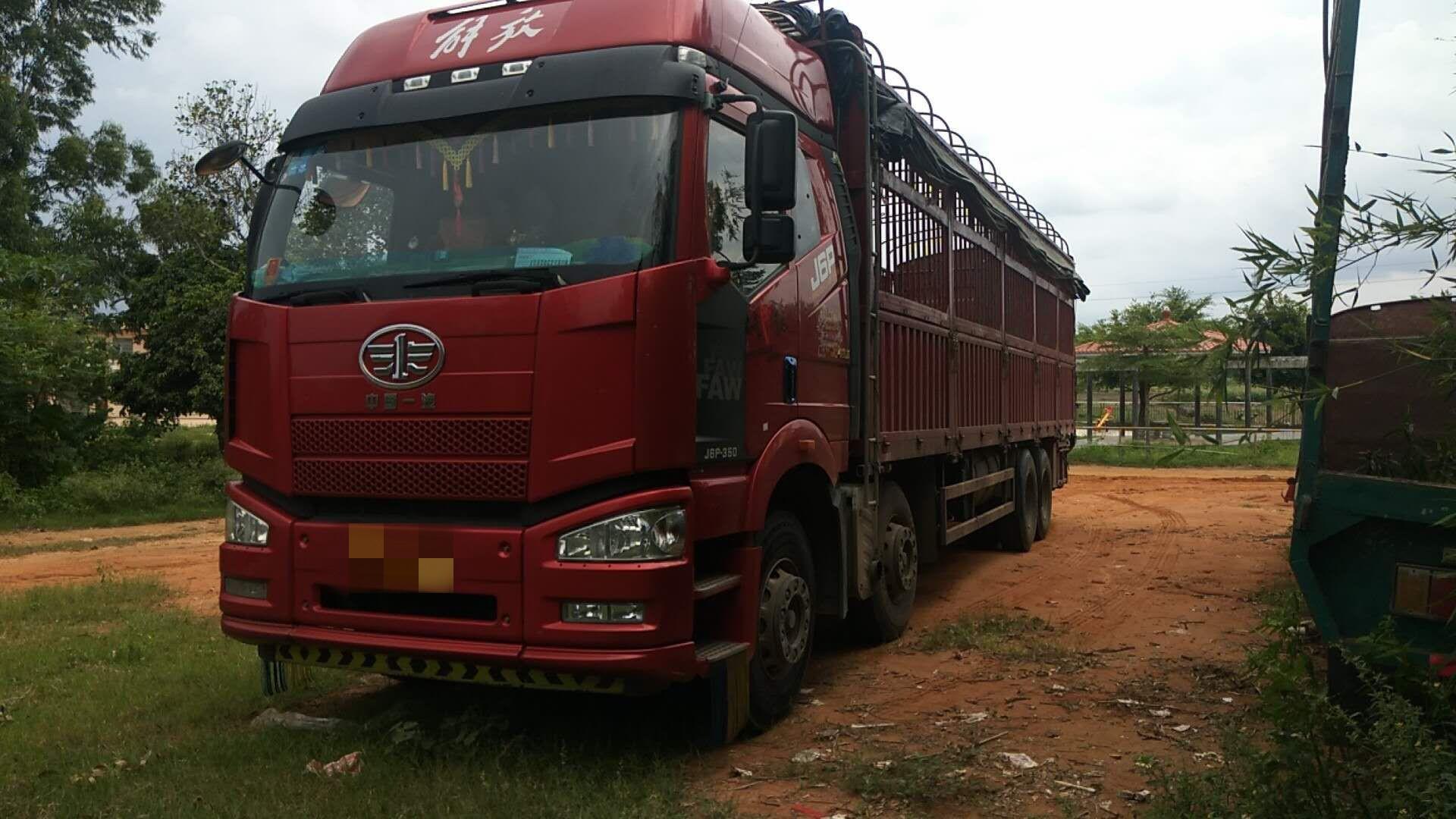 一汽解放J6P重卡 載貨車  350匹 2016年08月 8x4