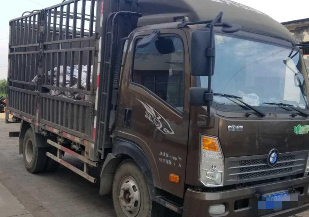 重汽王牌7系 载货车  130匹 2017年03月 4x2