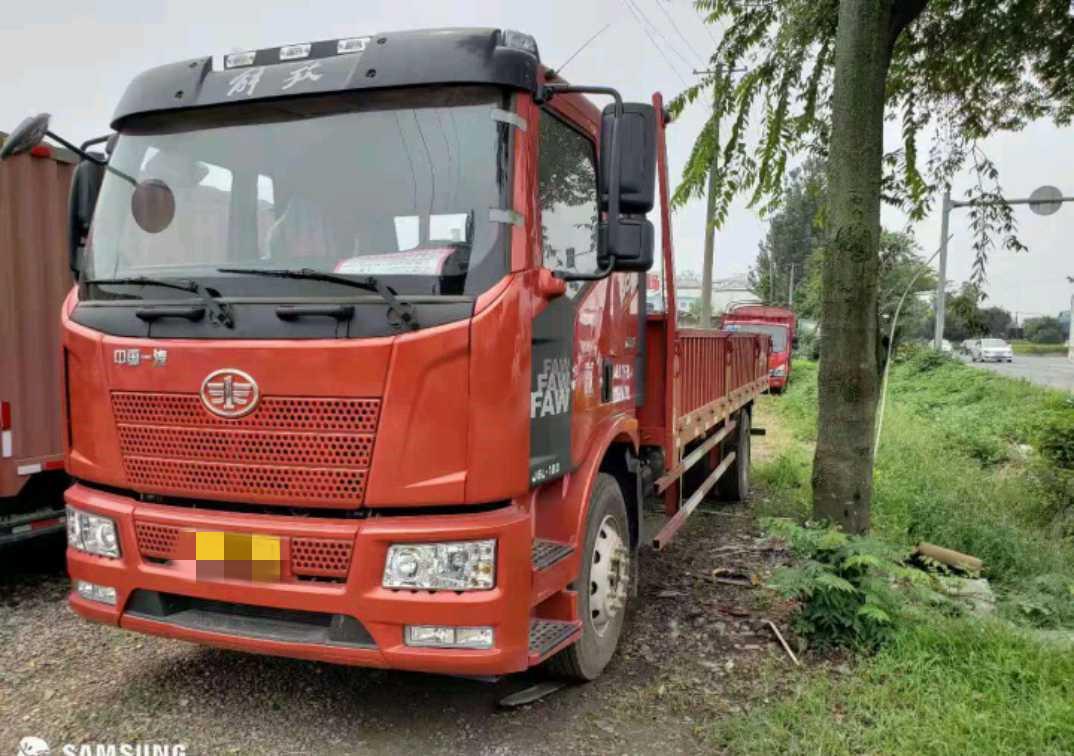 一汽解放J6L中卡 質惠版 載貨車  180匹 2019年02月 4x2
