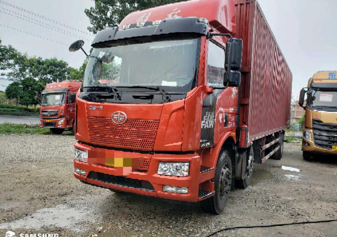 一汽解放J6L中卡 質惠版 載貨車  240匹 2018年12月 6x2