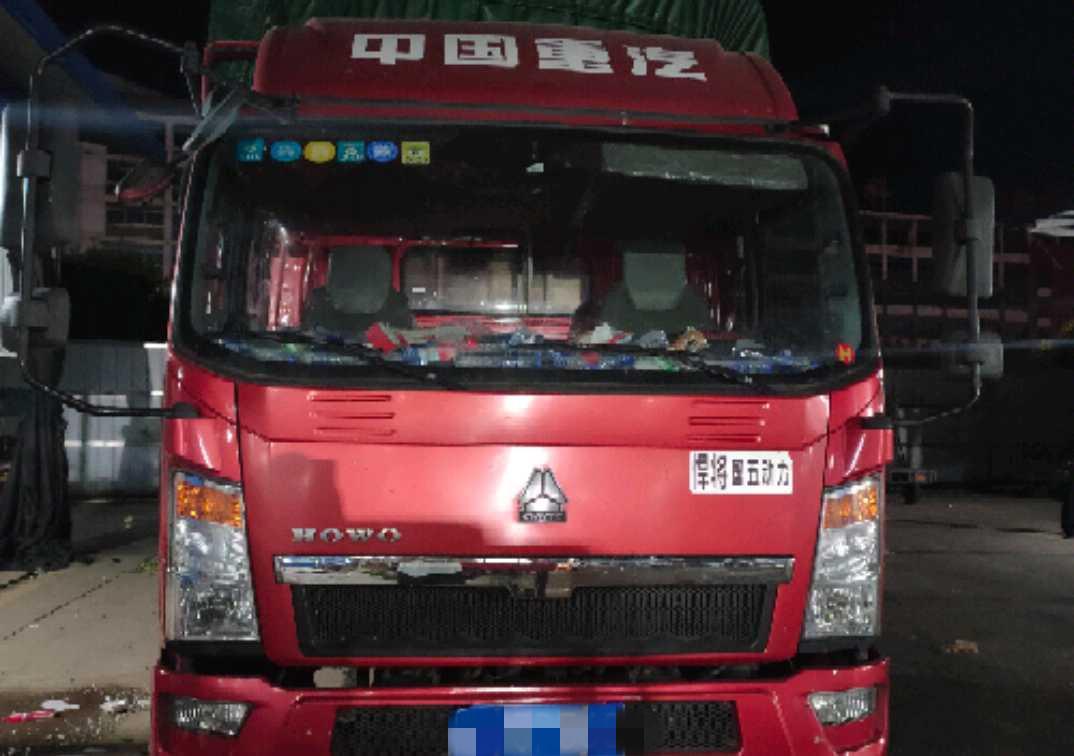 中國重汽HOWO T5G重卡 載貨車  160匹 2017年10月 4x2