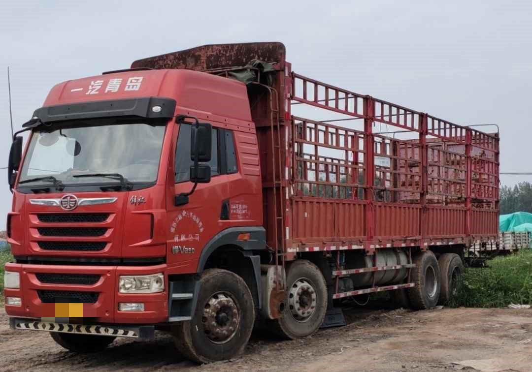 青島解放悍V 載貨車  290匹 2016年05月 8x4