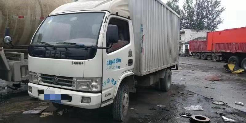 东风多利卡多利卡D5 载货车  110匹 2012年11月 4x2