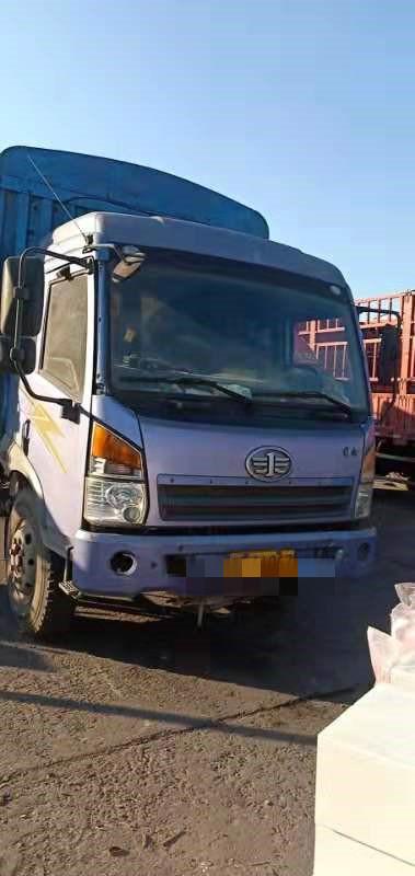 青島解放龍V 載貨車  160匹 2012年10月 4x2