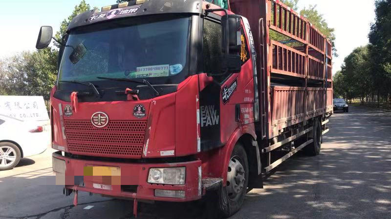 青島解放其他車系 載貨車  160匹 2014年07月 4x2