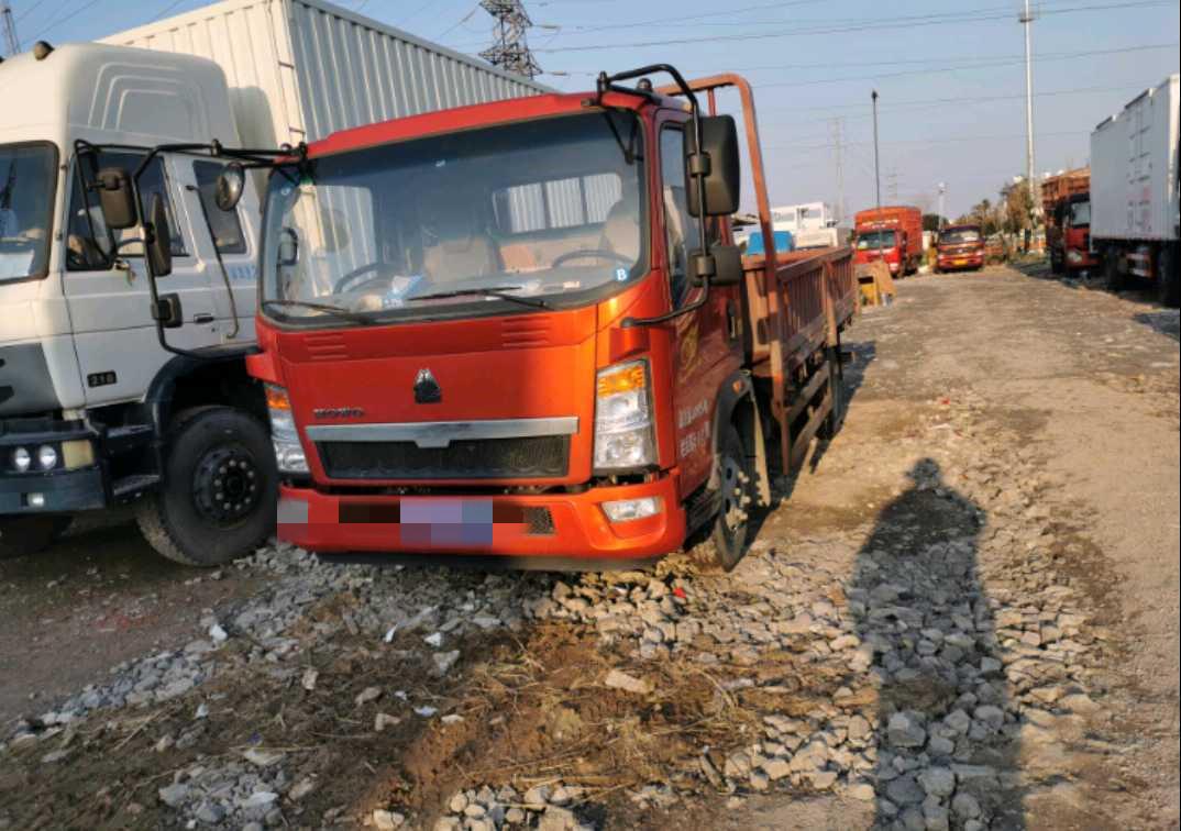 中國重汽HOWO 載貨車  156匹 2019年04月 4x2