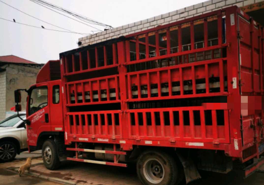 四川現代其他車系 載貨車  150匹 2019年02月 4x2