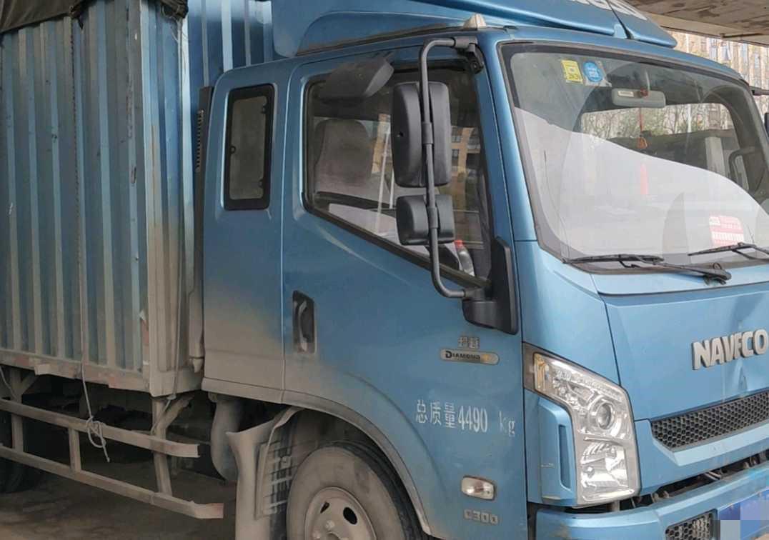 南京依維柯超越 載貨車  120匹 2016年05月 4x2