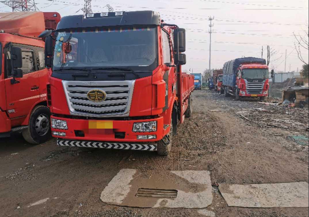 一汽解放J6 载货车  160匹 2016年12月 4x2