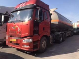 一汽解放 油罐車  390匹 2015年01月 6x4