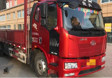 一汽解放J6L中卡 質惠版 載貨車  180匹 2019年04月 6x4