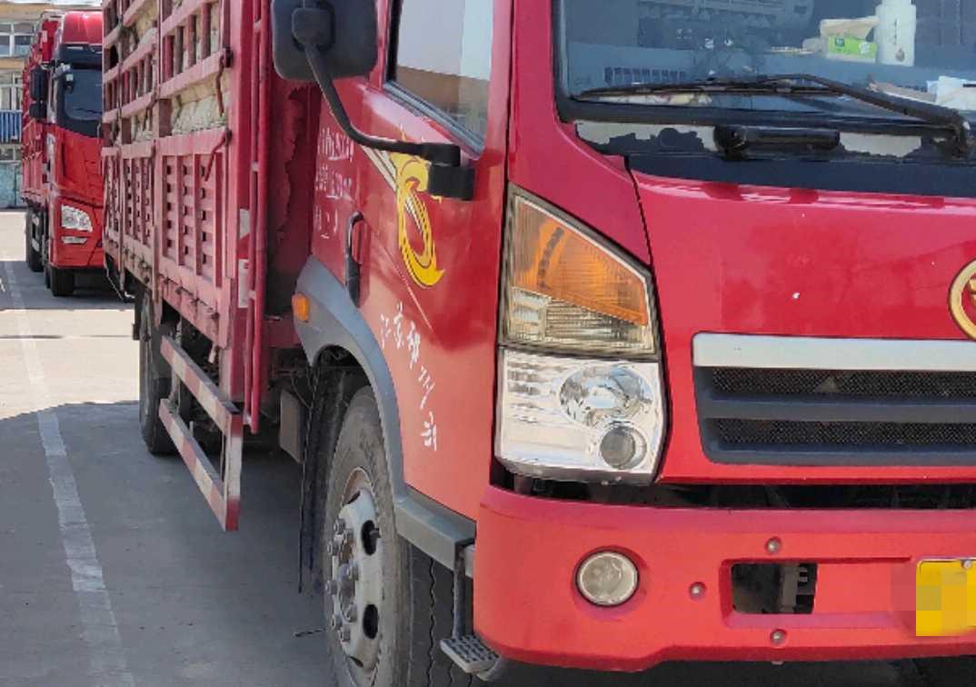 青島解放其他車系 載貨車  160匹 2013年08月 4x2