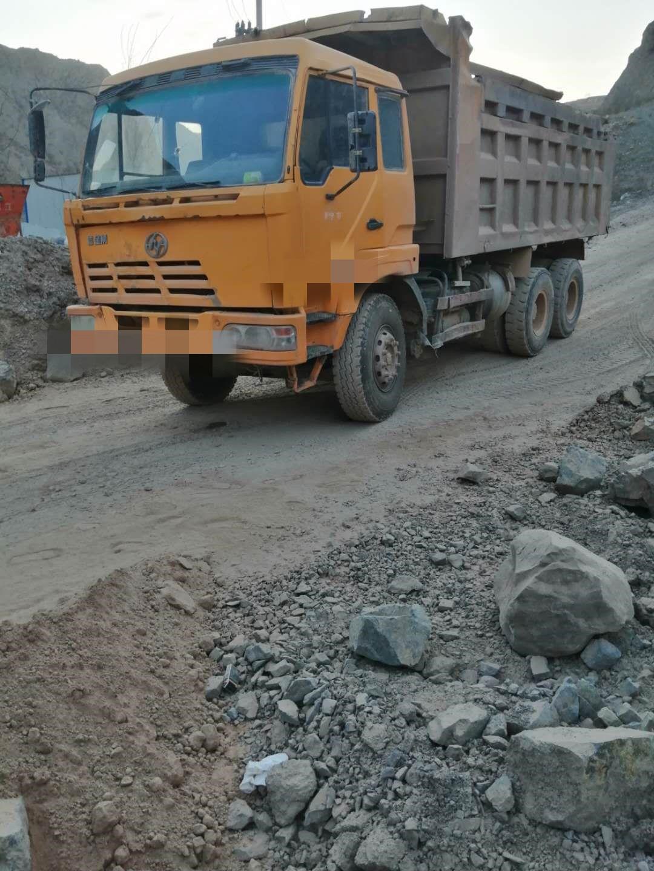 上汽红岩其他车系 自卸车  310匹 2011年09月 6x4